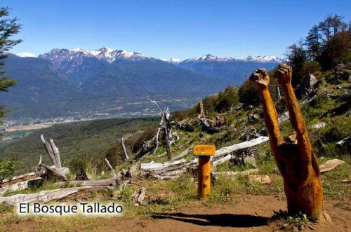 Cumbre del Piltri y El Bosque Tallado